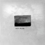 Ana Never – Ana Never / recenzija