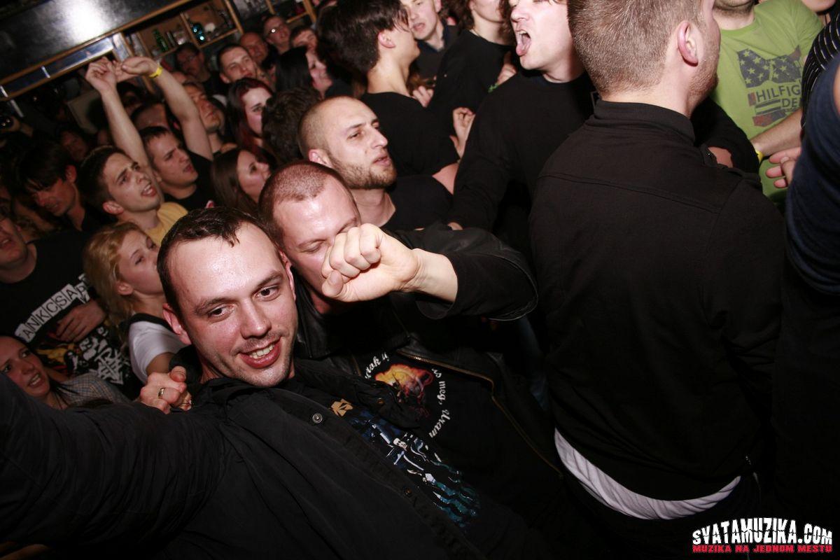 Tankcsapda Club Mladost svatamuzika 650