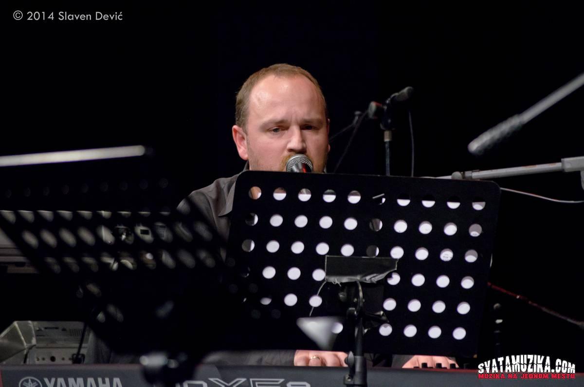 Jazzik 2014 2-4